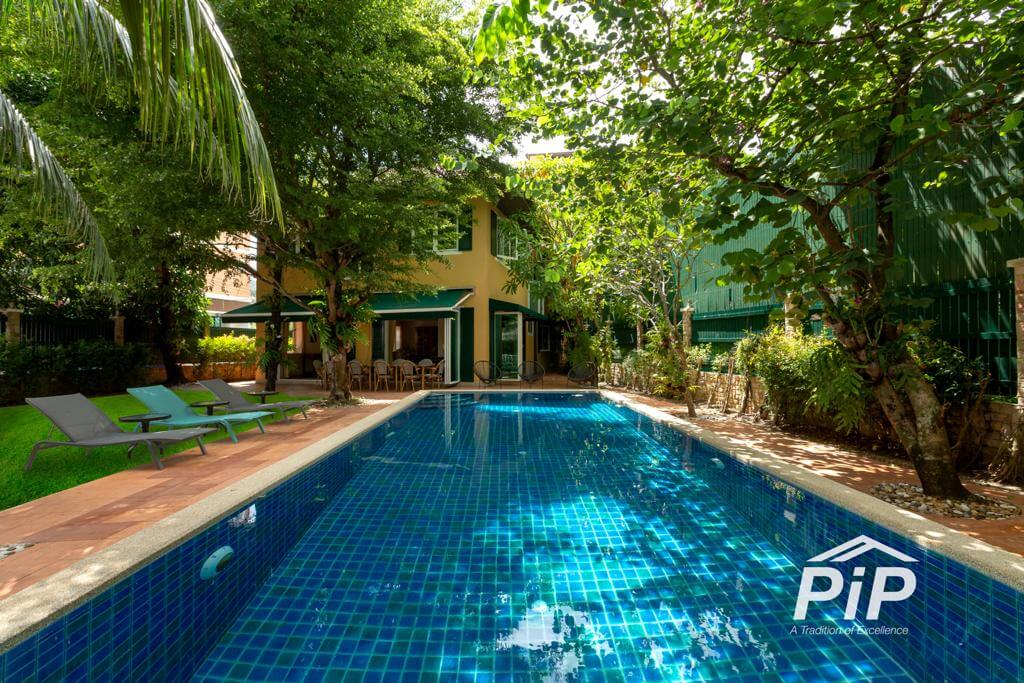 Private Pool Villa + 19 Rooms Apartment for Sale in Patong