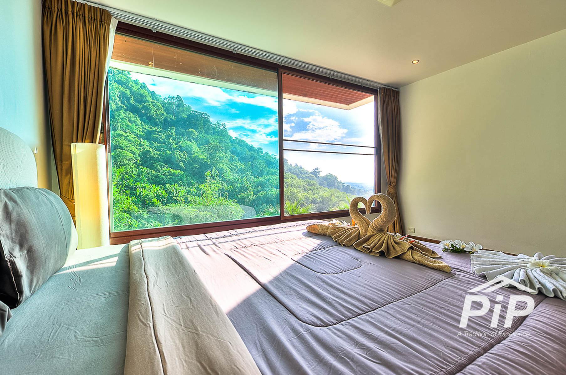 Spacious 4 Bedroom Villas with Majestic Views